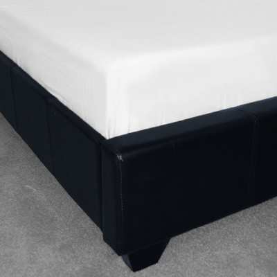 Polycotton Plain White Fitted Sheet (150 Thread Count)