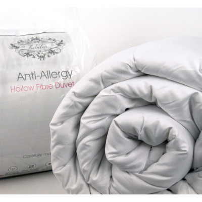 Poly Cotton Cased Polyester Hollow Fibre 4.5 tog Synthetic Duvet