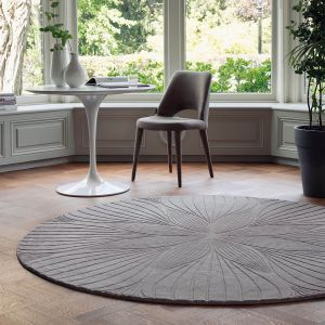 Folia Round Circle Modern Floral Rugs 38305 by Wedgwood