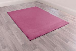 Moda Plain Rugs in Plum by Rugstyle