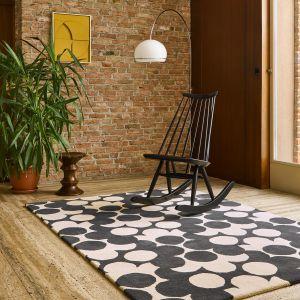Puzzle Flower Wool Rugs 060905 in Slate By Designer Orla Kiely