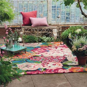 Rose & Peony Rugs 45005 in Cerise Pink by Sanderson