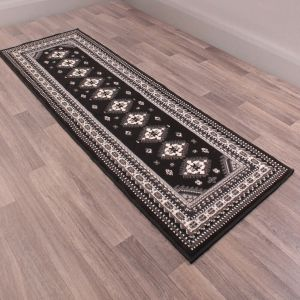 Malak Runners in Black by Rugstyle