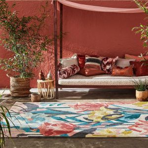 Verdaccio Outdoor Floral Rugs 442802 in Coral by Harlequin