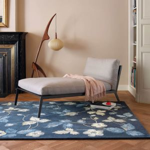 Wild Strawberry Rugs 38118 by Wedgwood